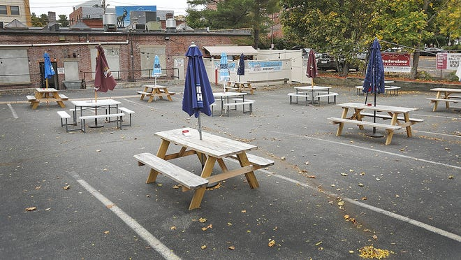 The outdoor dining area at the Fowler House Quincy on Tuesday Oct. 27, 2020 . Greg Derr/ The Patriot Ledger