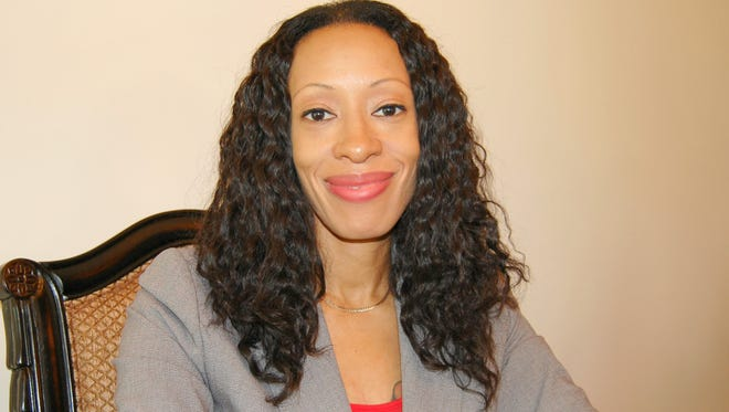 SBA loan broker Monique S. Brownlee, president of White Rose Funding, recently launched her new Princeton-based business by requesting that Congress regulate her industry.