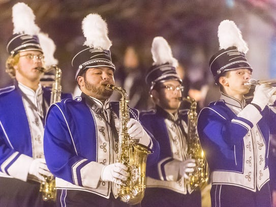 Members of the Stephen Decatur High School marching