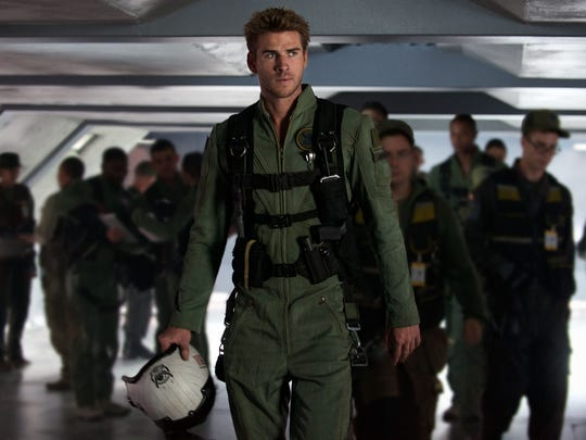 Liam Hemsworth is an ace fighter pilot with some issues