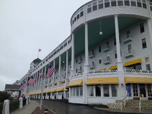 635781785171994603-Mackinac-Grand-Hotel