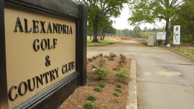 The former Alexandria Golf & Country Club in Woodworth, which closed last year, has sold to an investment company.