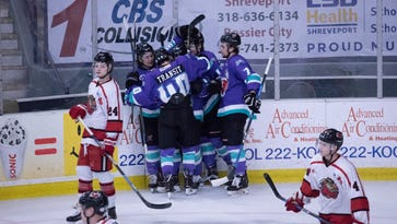 'Greasy' Mudbugs on brink of division title after display of resiliency