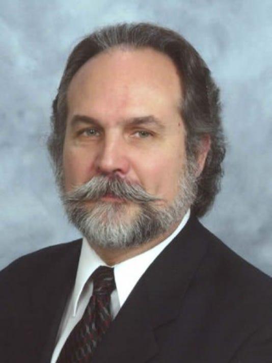 636048831852836404-Dr.-Frank-McCutcheon-jr..jpg