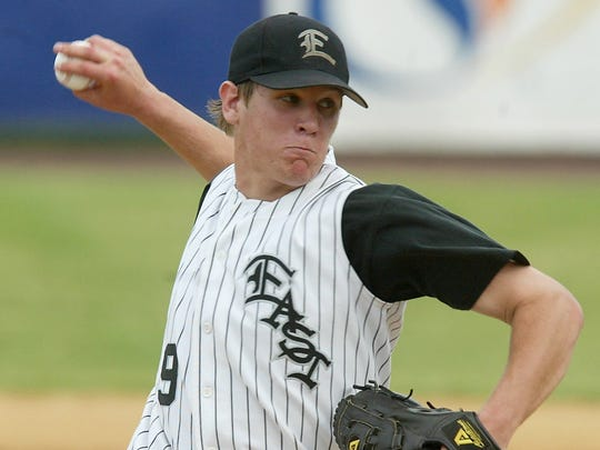 Toms River East's Casey Gaynor delivers a pitch during a shutout of Vineland in a 2005 NJSIAA game.