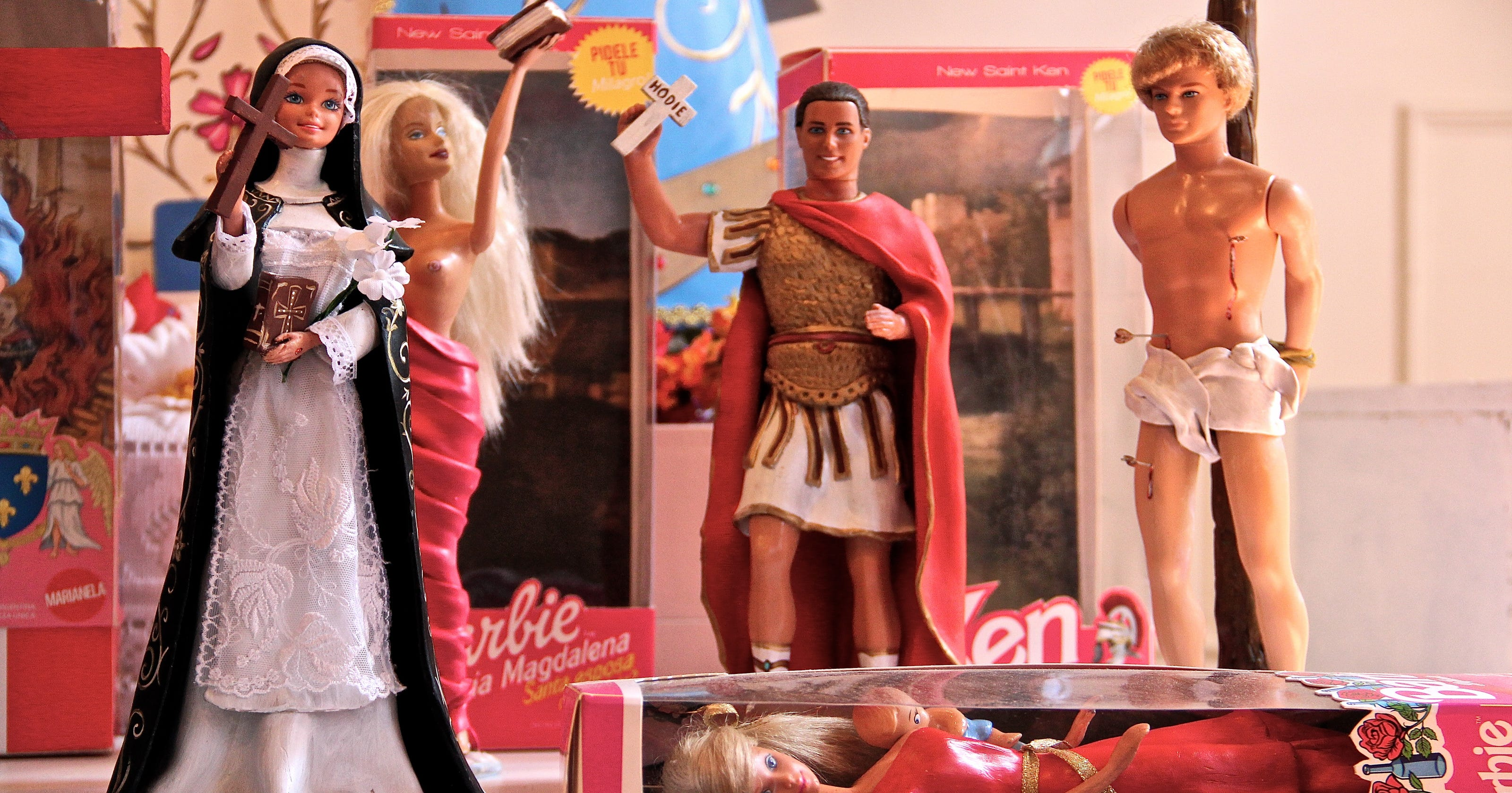Ken stands in as martyred jesus barbie as virgin mary - Image barbie et ken ...