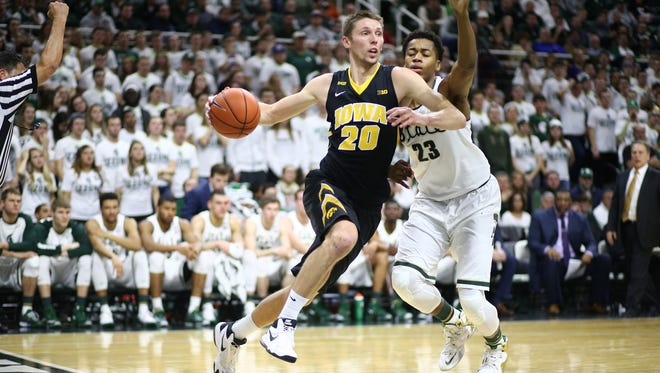 Jarrod Uthoff has been a cool customer in Iowa's five true road games this season. He's averaged 21.4 points in road venues, where the Hawkeyes are 4-1.