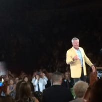 Favre strikes gold in Canton