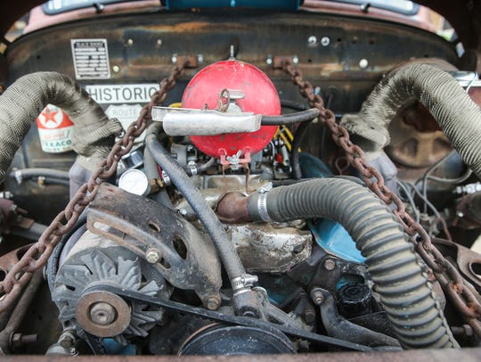 Stephen Alvey build a rat rod with parts from several