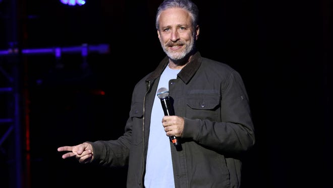 Jon Stewart helped rescue a runaway bull in NYC, who was on the way to a slaughterhouse when he escaped to a nearby college.