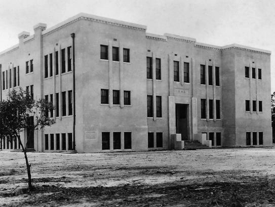 The new Stuart School after it opened in Sept. 1923.