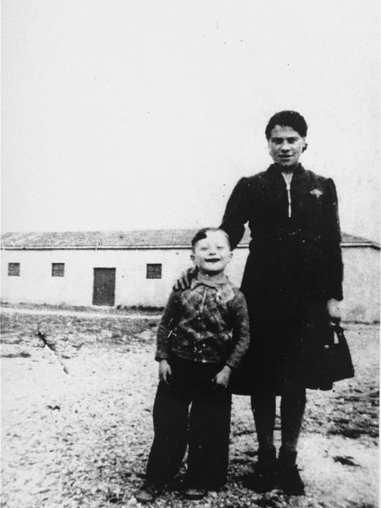 KornMother1942
