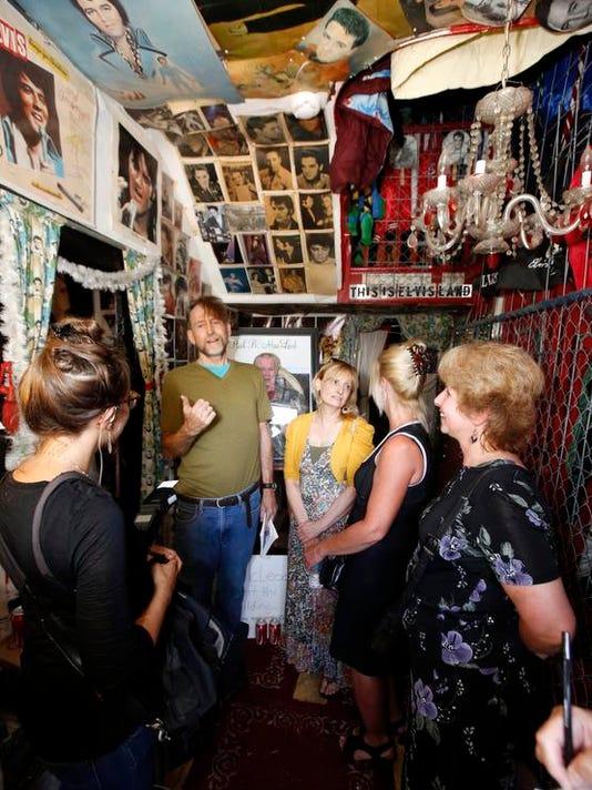 Elvis Museum Owner Memorial (5)