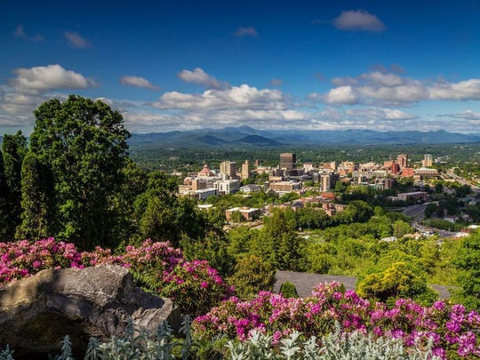Ashville, North Carolina, is less than a two-hour drive from Knoxville.