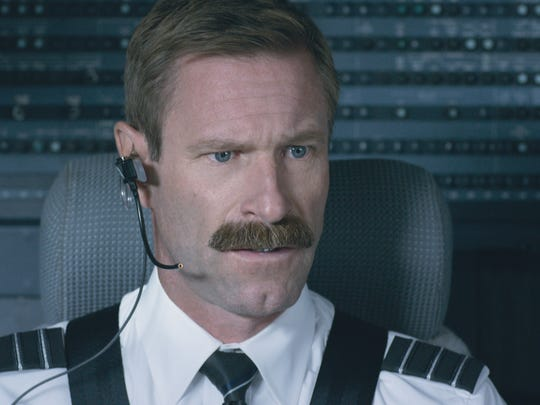 """Aaron Eckhart plays Jeff Skiles in """"Sully."""""""