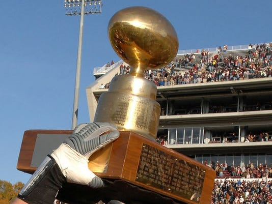 635842103266070726-egg.bowl.trophy.jpg
