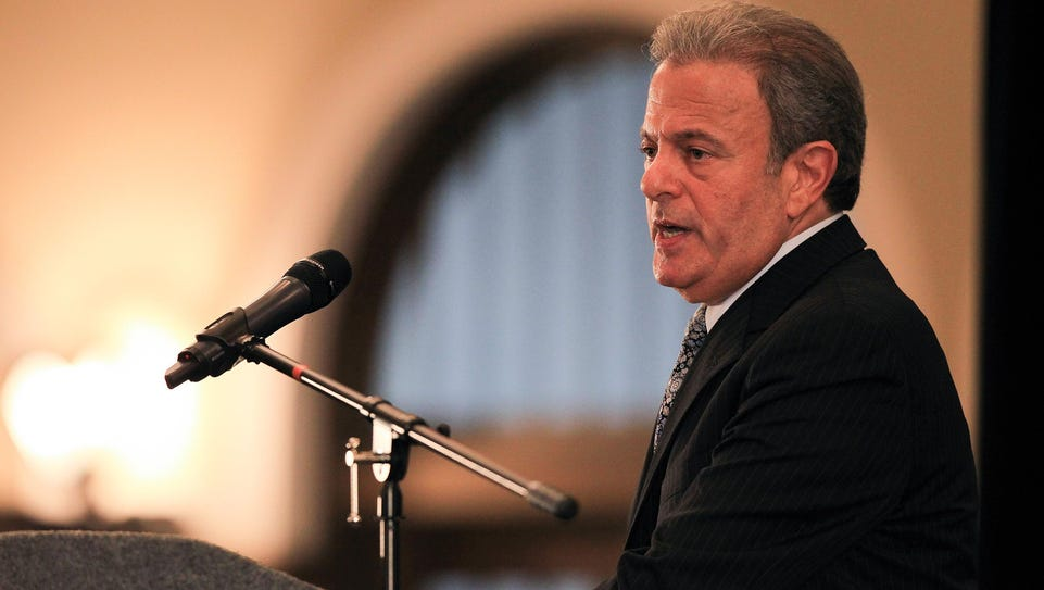 Tulane Provost Michael Bernstein speaks to University