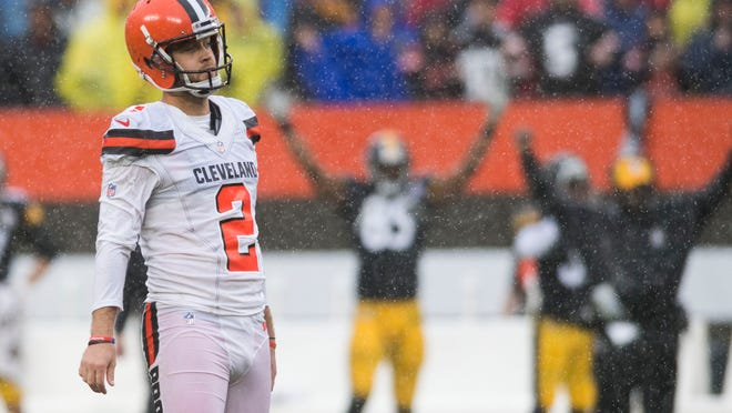 Sep 9, 2018; Cleveland, OH, USA; Cleveland Browns kicker Zane Gonzalez (2) reacts after missing a field goal in overtime against the Pittsburgh Steelers at FirstEnergy Stadium. Mandatory Credit: Ken Blaze-USA TODAY Sports
