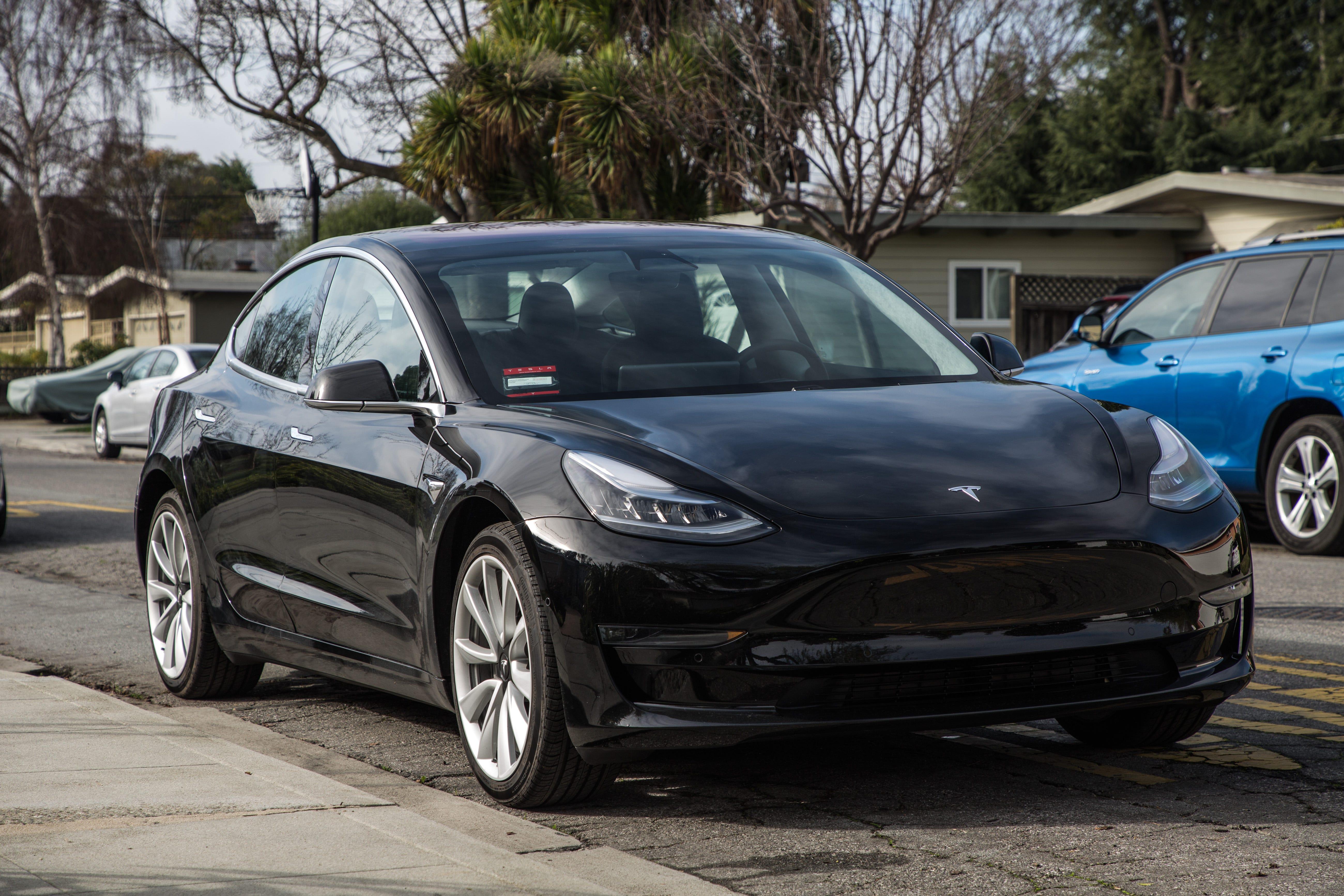 Electric car tax credit expiration