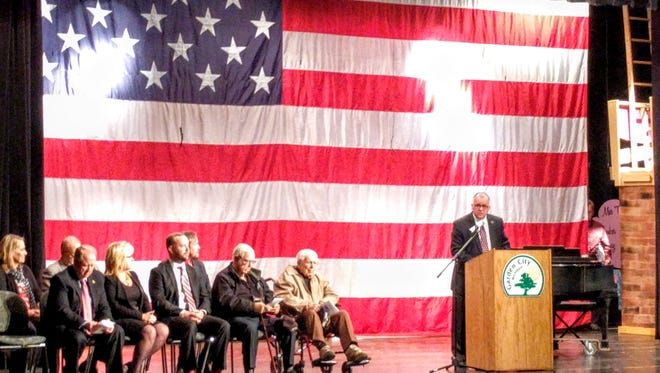 Mayor Randy Walker welcomes the 100-plus guests at the annual Veterans Day ceremony.