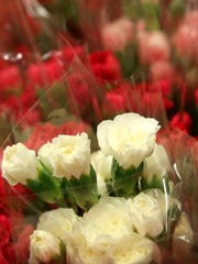 Grigg's Flowers in Carlsbad has hundreds of flowers
