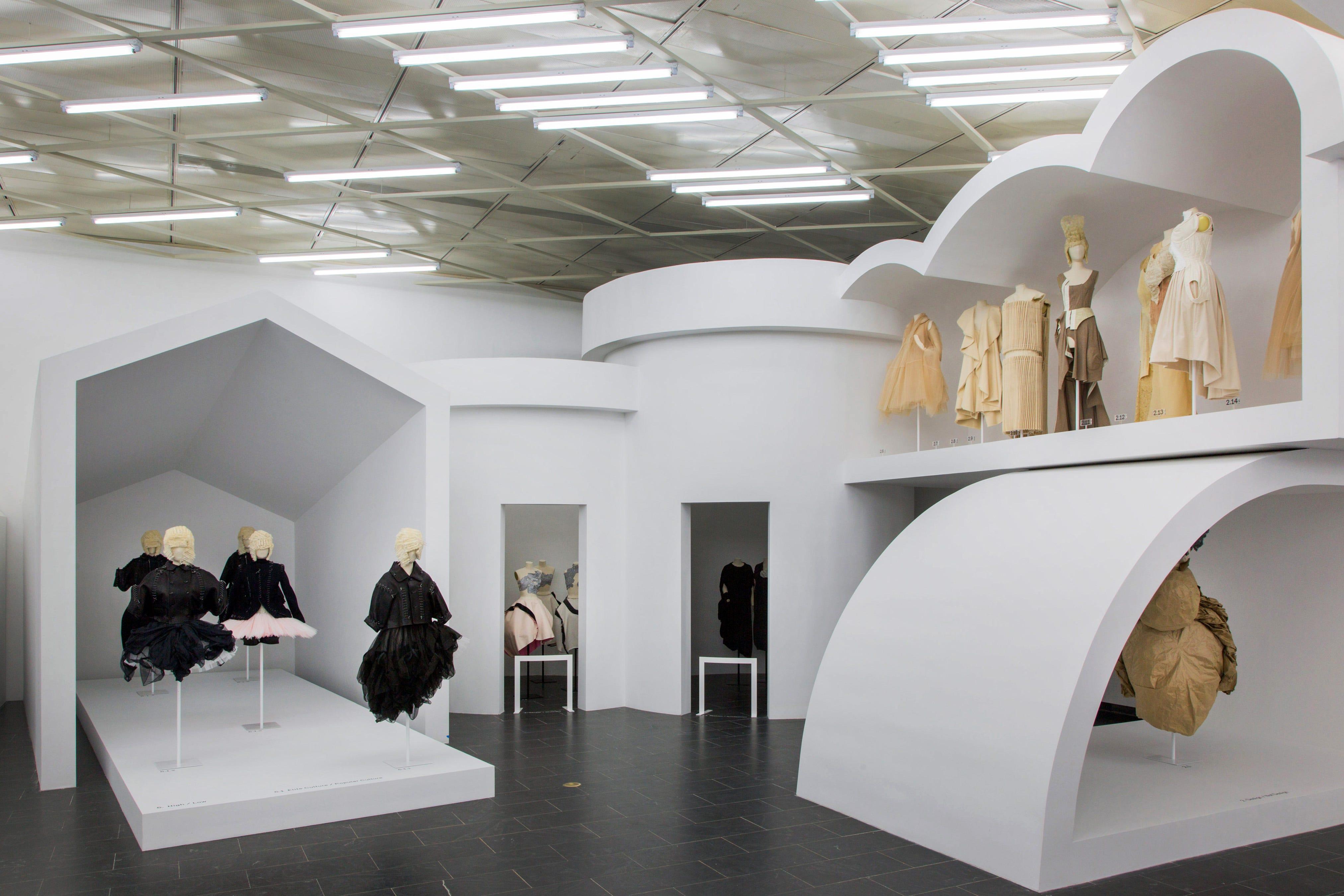 Fashion exhibits new york 98