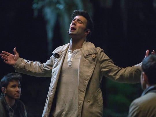 'Telenovela' star Jencarlos Canela takes the lead as