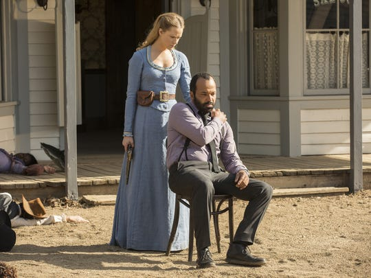 Dolores (Evan Rachel Wood) and Arnold (Jeffrey Wright)