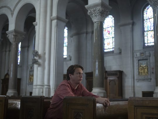 Pete (Pete Holmes) is torn between comedy and Christ