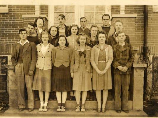 LHS 1941 class.jpg