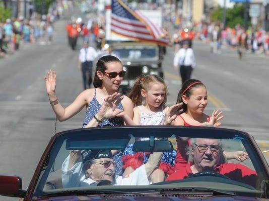 -MNJ 0527 Memorial Day Parade Photo Page 06.jpg_20140526.jpg
