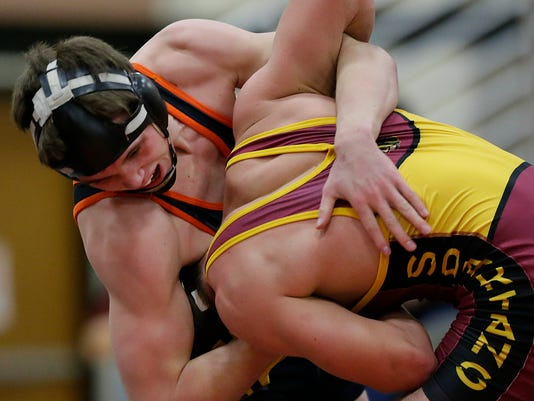 GPG ES LC vs Oconto Falls wrestling 1.21.16