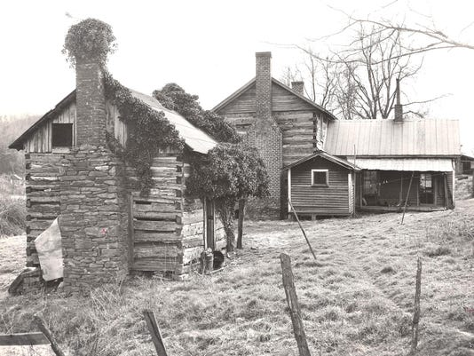 Swain-Stradley log house and slave cabin