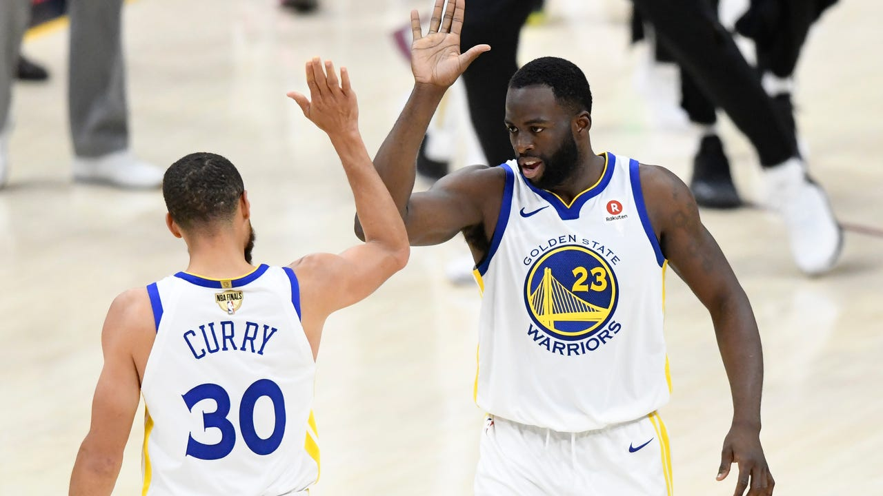 56ba269c0b8e Warriors dominate Cavs for third NBA title in four years