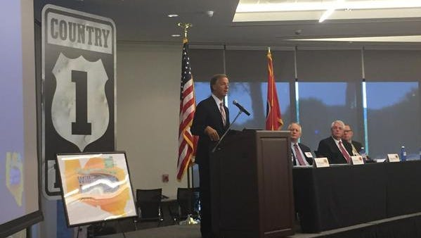 Gov. Bill Haslam speaks to Williamson County officials at the Williamson Moves transportation summit Sept. 21, 2015.