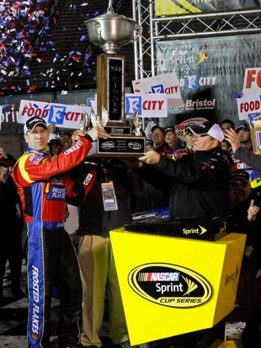 NASCAR Bristol Auto R_Mars.jpg