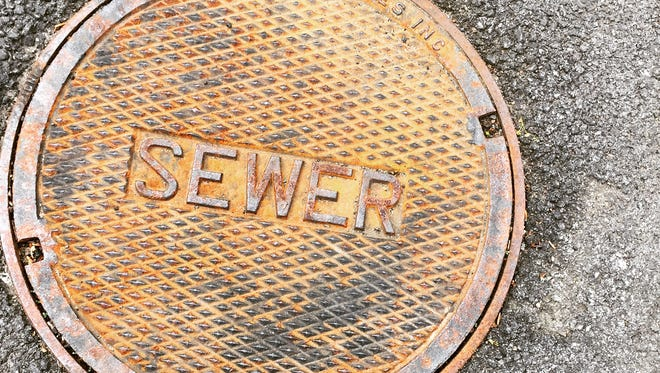 #sewer with #shoe #toes #stilllife #lohud #westchestercountyparks #tibbettsbrookpark #Yonkers