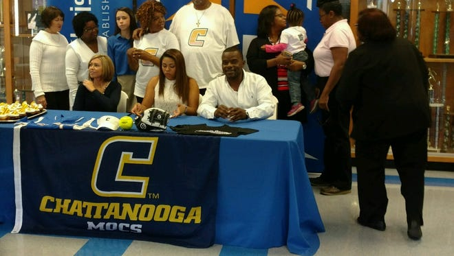 Jackson Christian's Kacie Lynch signs with UT Chattanooga on Thursday.