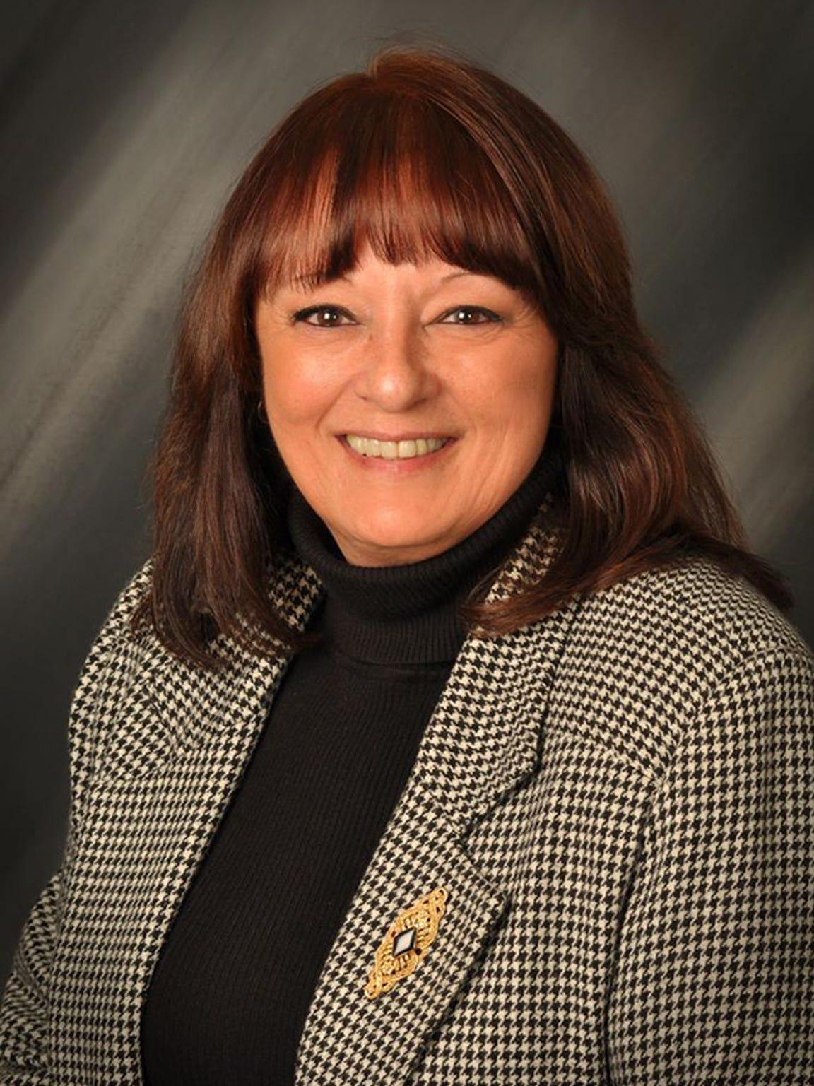Lorraine Scudder
