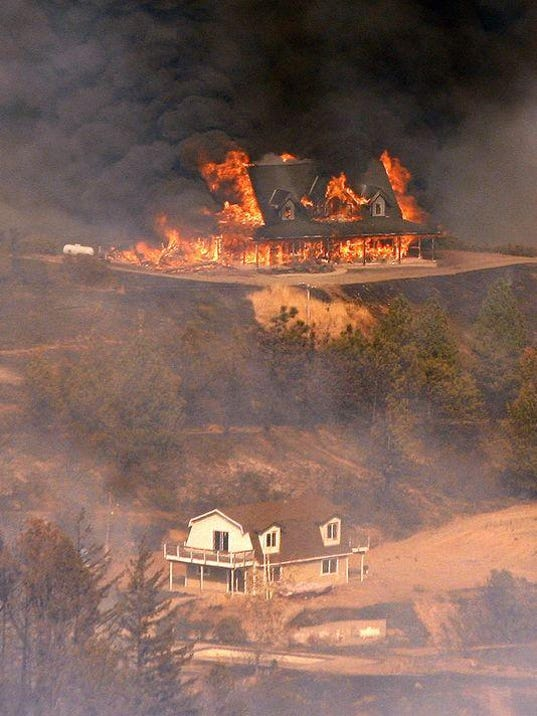 636105721890022631-Loma-Fire-Zent-1-