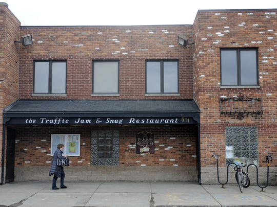 Detroit's Traffic Jam and Snug seeks couples who fell in love there.