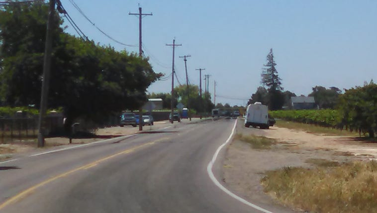 Officers surround a home in Lodi, they believe a man