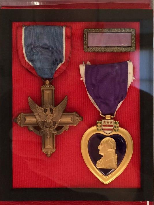 635827718016225684-medals