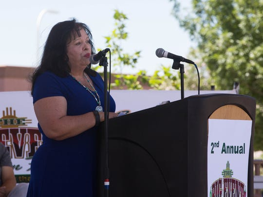 Yoli Diaz, the Cancer Aid Resource and Education inc. executive Director and Patient Advocate, opens the presentation about the second annual  Big Event in Las Cruces, Tuesday, May 2, 2017 at the Plaza de Las Cruces.