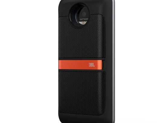 motorola jbl speaker. moto z phone with the mod jbl speaker. motorola jbl speaker