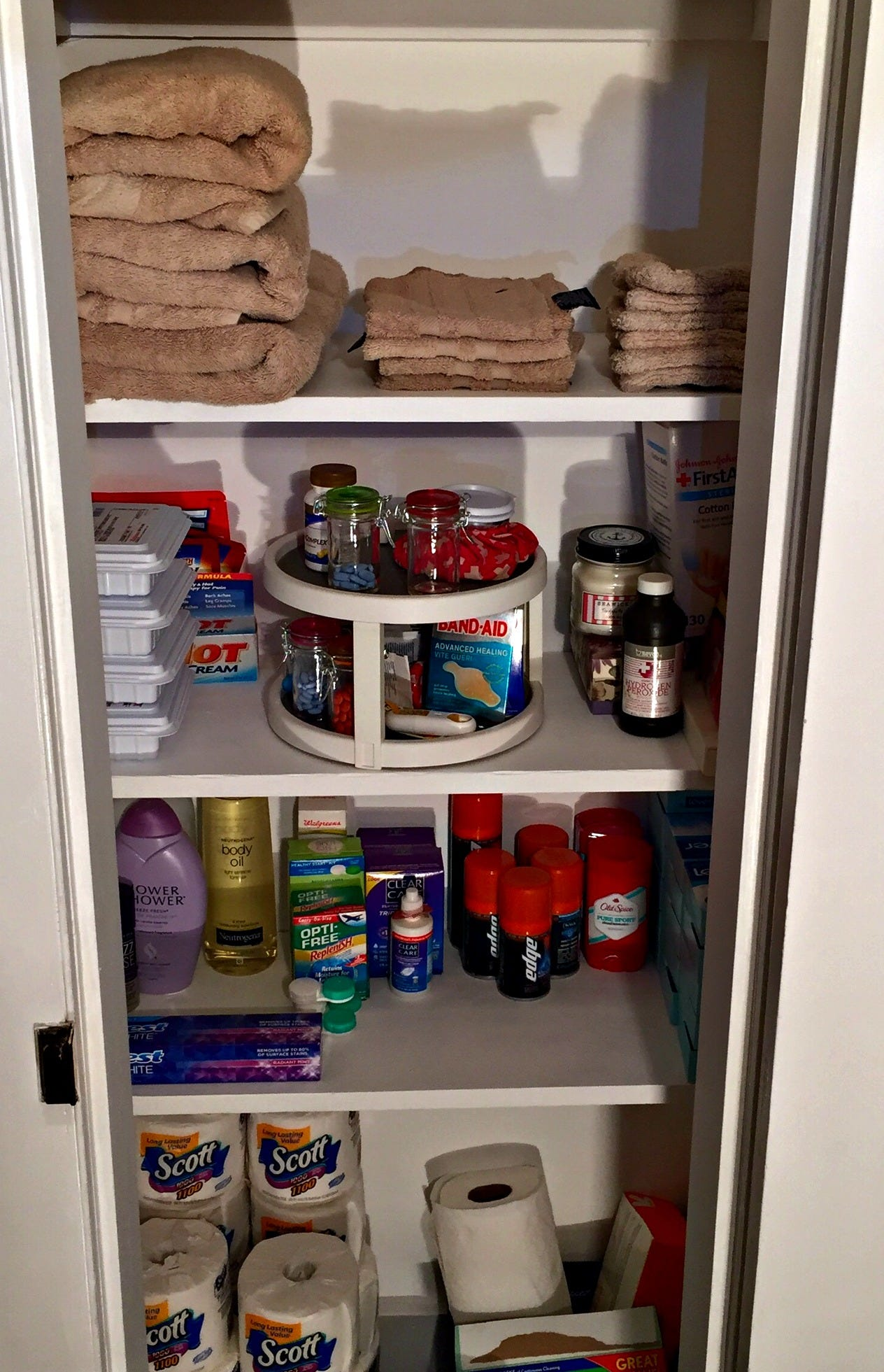 An Organized Linen Closet Makes Everything Easy To