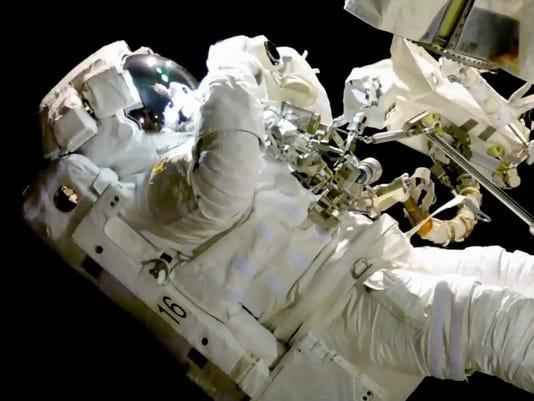 636441132349542790-Space-Station-GD7K1NGMB.1.jpg