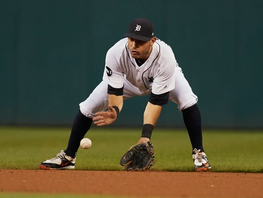 Sep 21, 2017; Detroit, MI, USA; Tigers second baseman