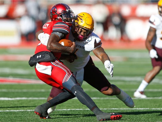 Arizona State linebacker DJ Calhoun sacks Utah quarterback