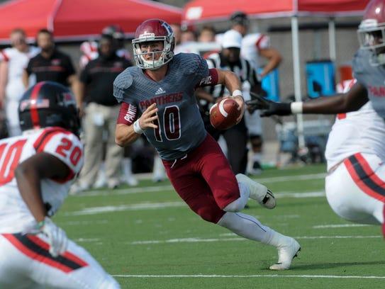 Florida Tech QB Brandon Ziarno runs the ball during